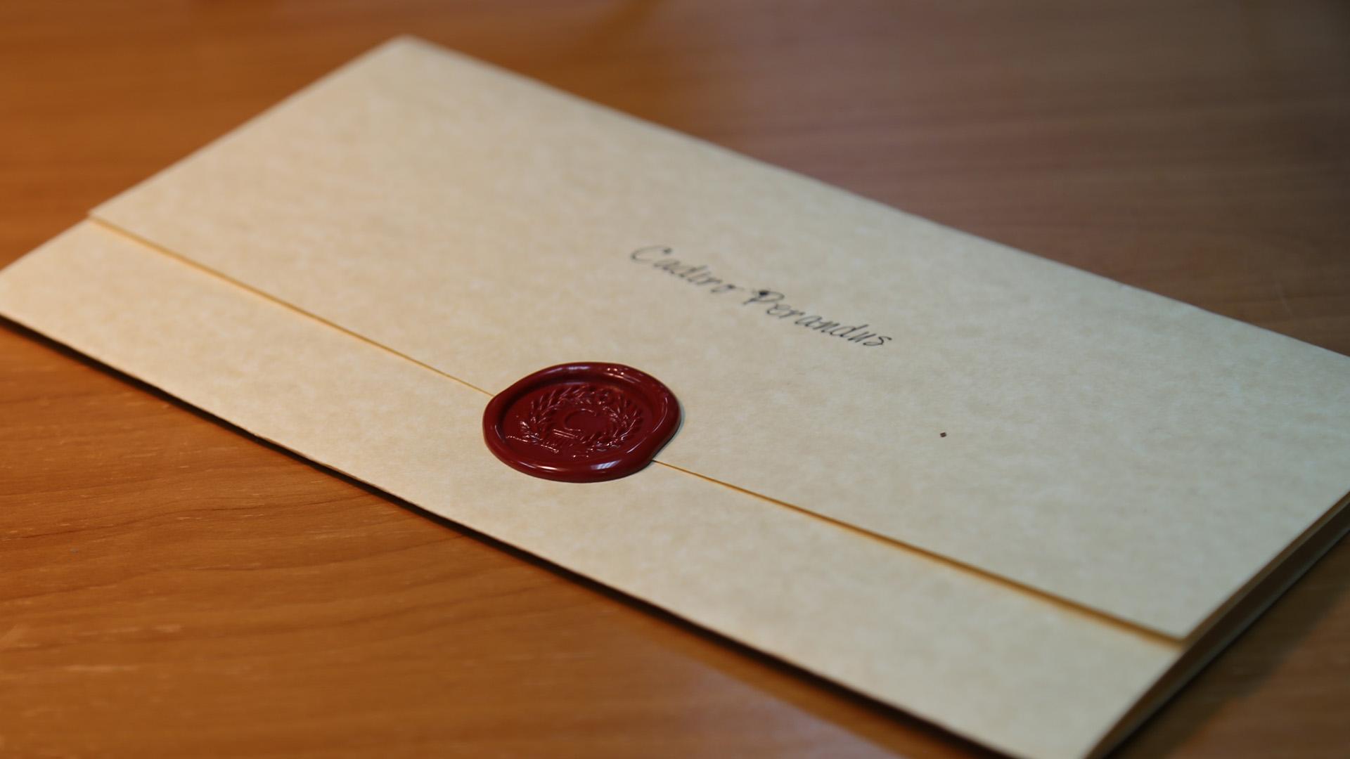 Bức thư chồng cô ấy viết lý do dẫn đến việc ngoại tình