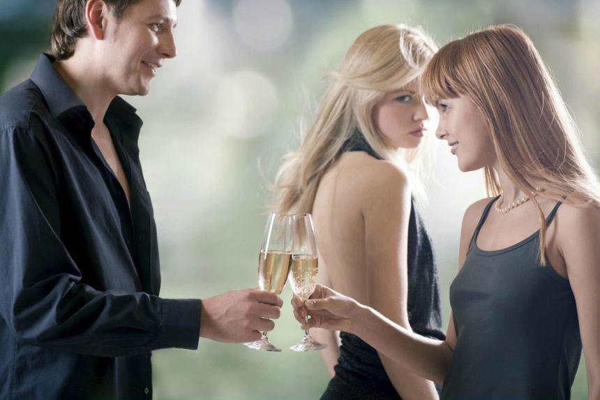 Cô gái đã yêu đúng ngay người đàn ông đã có vợ
